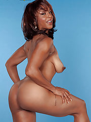 Ebony milf analfuck