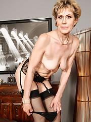 porn Elegant grannies